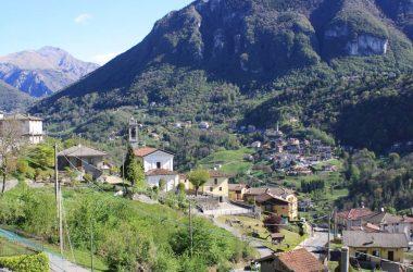 Paese di Algua Valle Brembana Bergamo